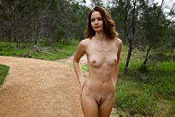 evelyn outdoor nude video