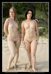 hellen and raquelle nude beach