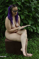 nude muse reading s01e01