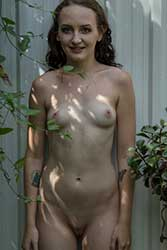 pretty-kitty nude spot