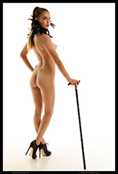 tiffani fashionably nude