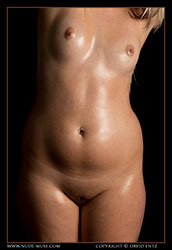 zoe oiled bodyscape