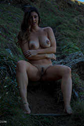 scarlett-morgan highland