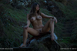 scarlett-morgan highland video